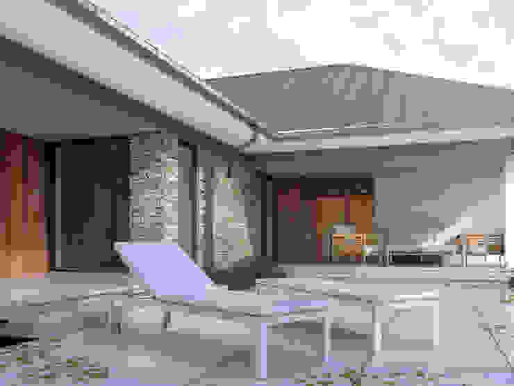 Balkon, Beranda & Teras Modern Oleh Biuro Projektów MTM Styl - domywstylu.pl Modern