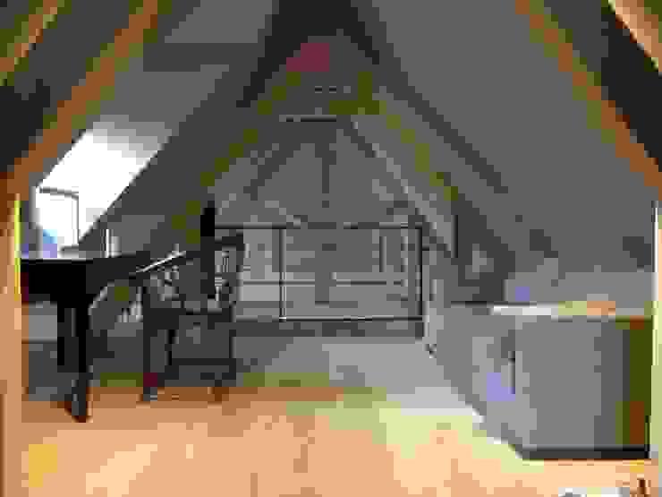 Estudios y bibliotecas de estilo rústico de Rusticasa Rústico Madera Acabado en madera
