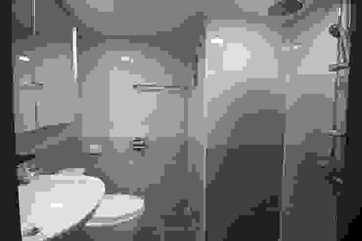 일산 가좌마을 벽산블루밍 모던스타일 욕실 by 디자인란 모던