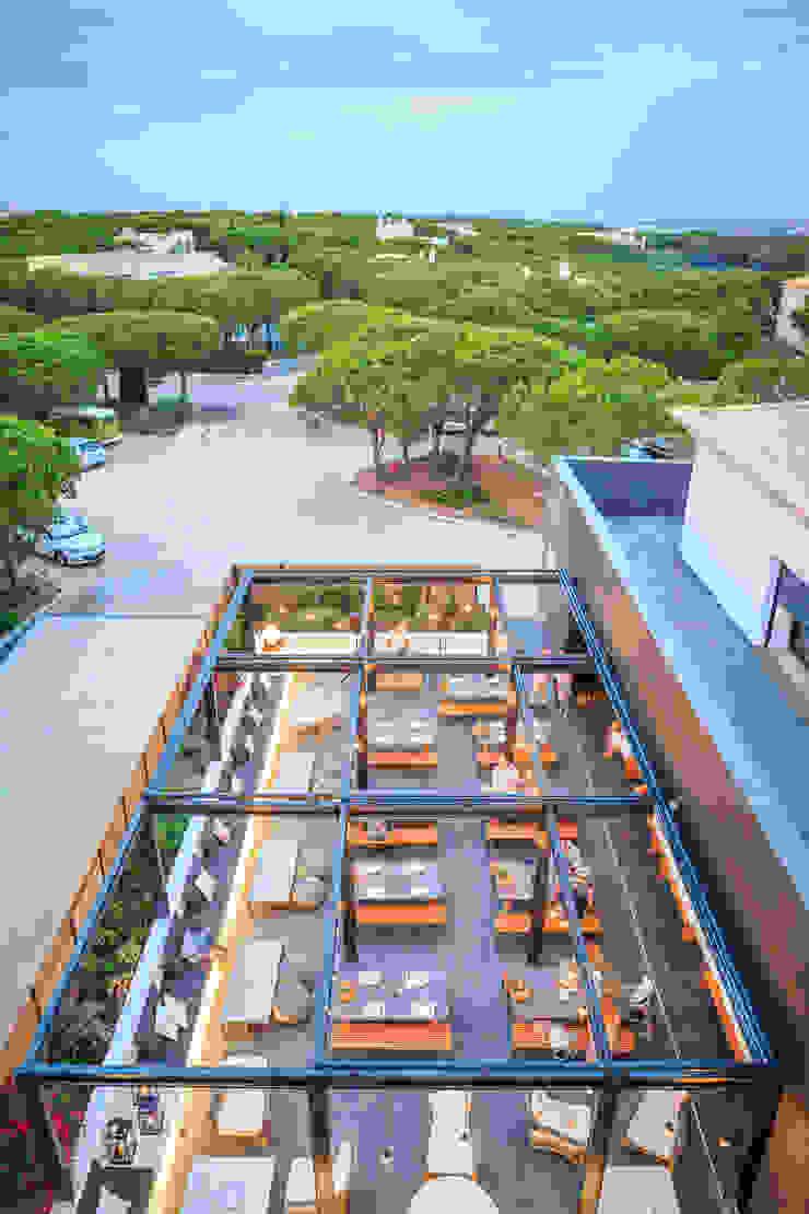 Praia Verde Boutique Hotel:  industrial por Pureza Magalhães, Arquitectura e Design de Interiores,Industrial