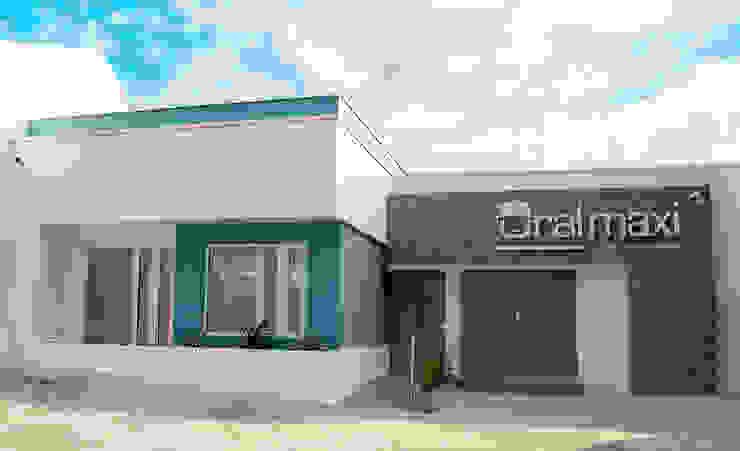 Oral Maxi - Clínica Maxilofacial Casas modernas de Chromatico Arquitectura Moderno