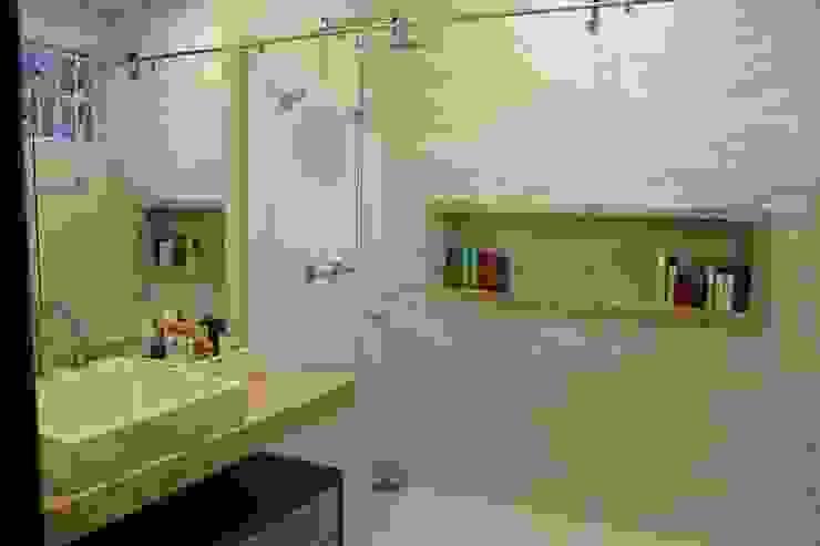 Casas de banho  por Arquiteta Bianca Monteiro