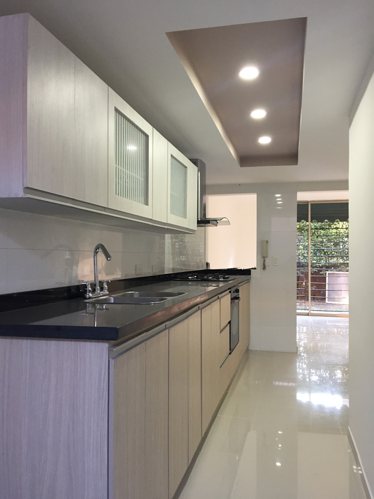 Ecka, Diseño & Construccion Modern kitchen