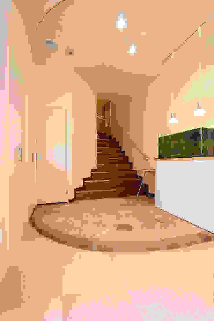 株式会社ハウジングアーキテクト建築設計事務所 辦公空間與店舖 木頭 White