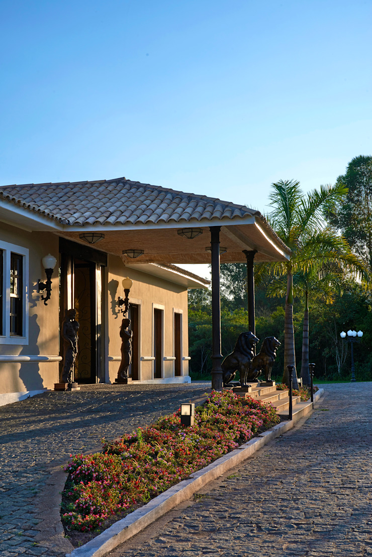 Colonial style house by CLS ARQUITETURA Colonial