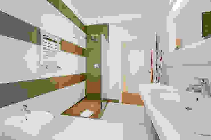 Nowoczesna łazienka od Luca Tranquilli - Fotografo Nowoczesny