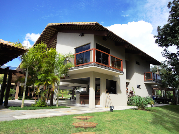 Guilherme Elias Arquiteto Country style houses Wood Beige