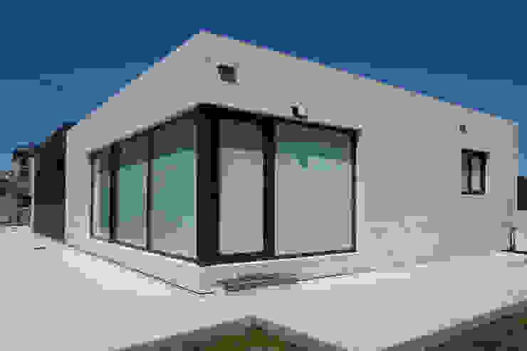 Casas de estilo  por Casas Cube, Moderno