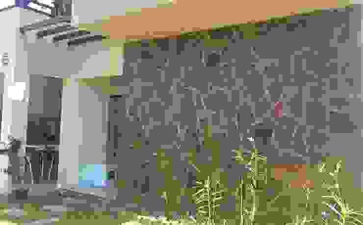 Casas de estilo rústico de homify Rústico Piedra