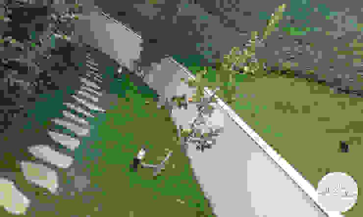 Tropical style garden by Gabriela Pacheco | Arquitetura+Design+Paisagismo Tropical