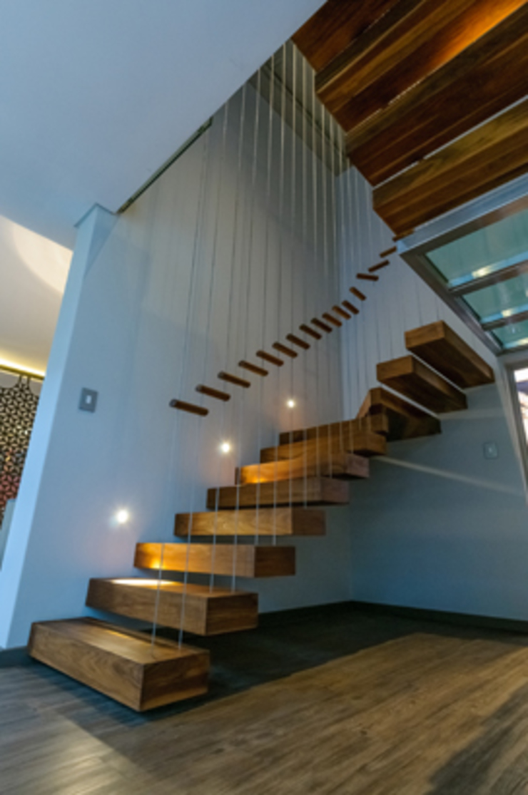 Southdowns Modern Corridor, Hallway and Staircase by Full Circle Design Modern Solid Wood Multicolored