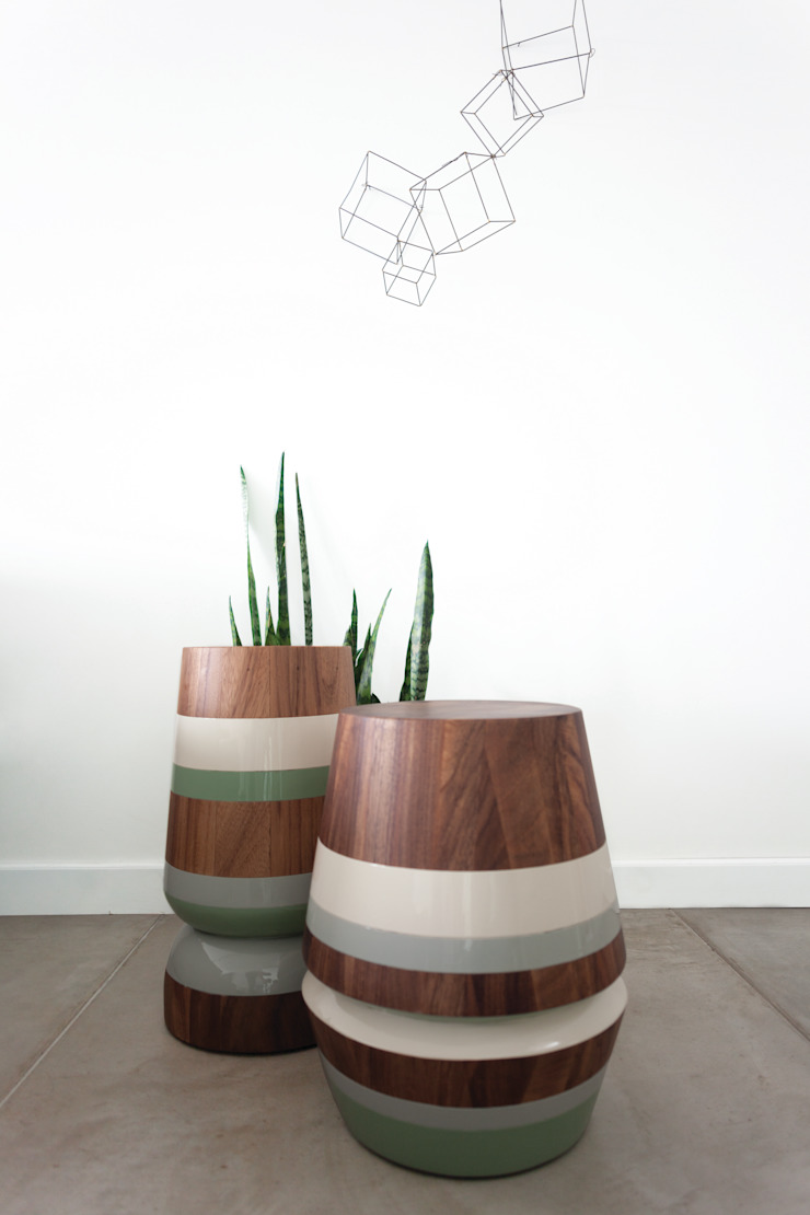 CAPIRUCHO STOOL & SIDE TABLE: modern  by LABRICA , Modern Solid Wood Multicolored