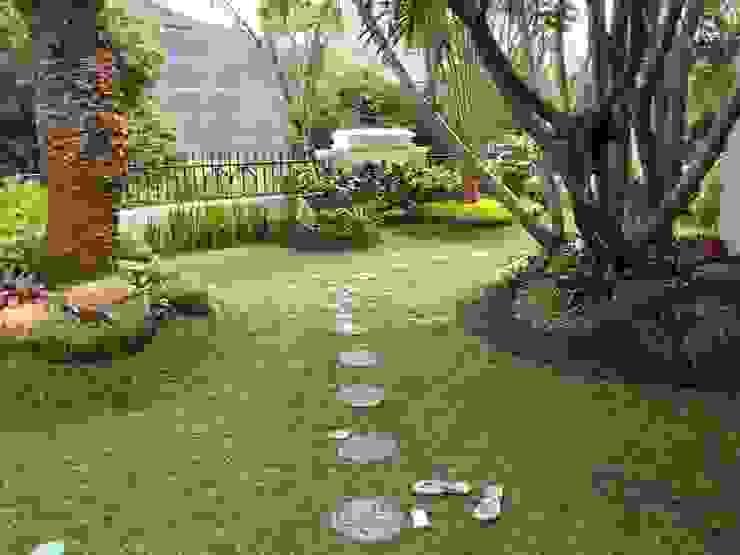 Jasa taman jember Bangunan Kantor Modern Oleh NISCALA GARDEN | Tukang Taman Surabaya Modern