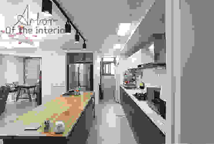Nhà bếp phong cách hiện đại bởi 디자인 아버 Hiện đại