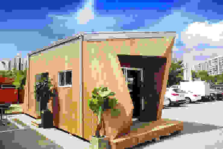 8평형 프리패브주택 외관(1) 모던스타일 주택 by 공간제작소(주) 모던