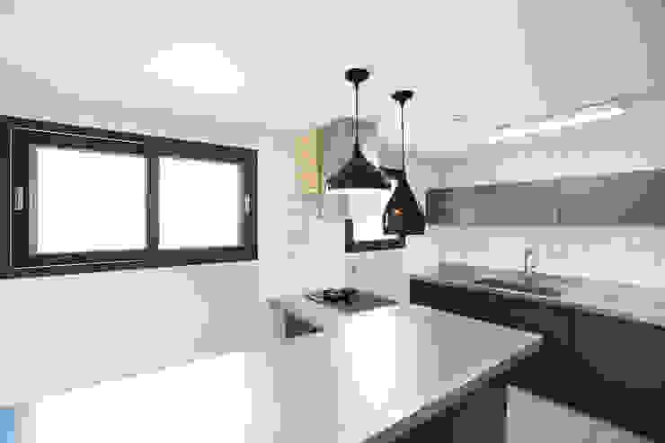 Cuisine moderne par 한글주택(주) Moderne