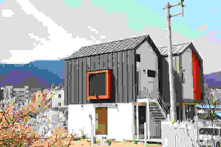 Maisons modernes par 한글주택(주) Moderne