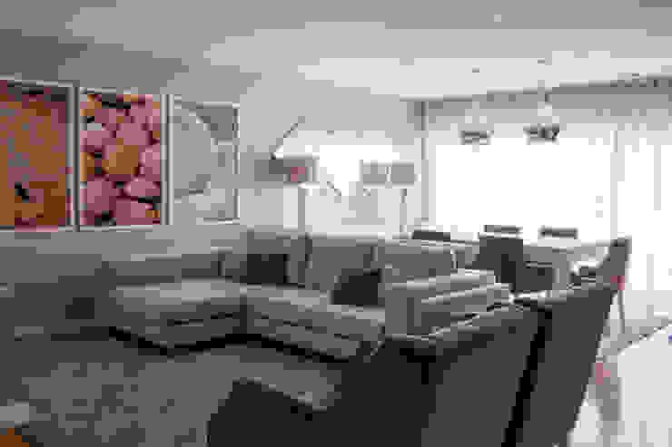 Salas / recibidores de estilo  por Grupo HC, Moderno