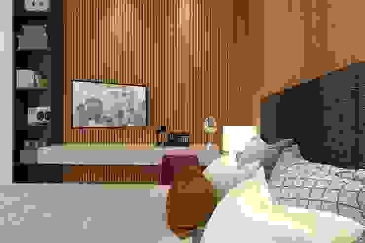 Bruna Rodrigues Designer de Interiores Modern style bedroom Wood Amber/Gold