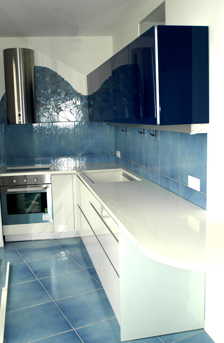 Cocinas modernas: Ideas, imágenes y decoración de Pecoramelloarchitetti Moderno