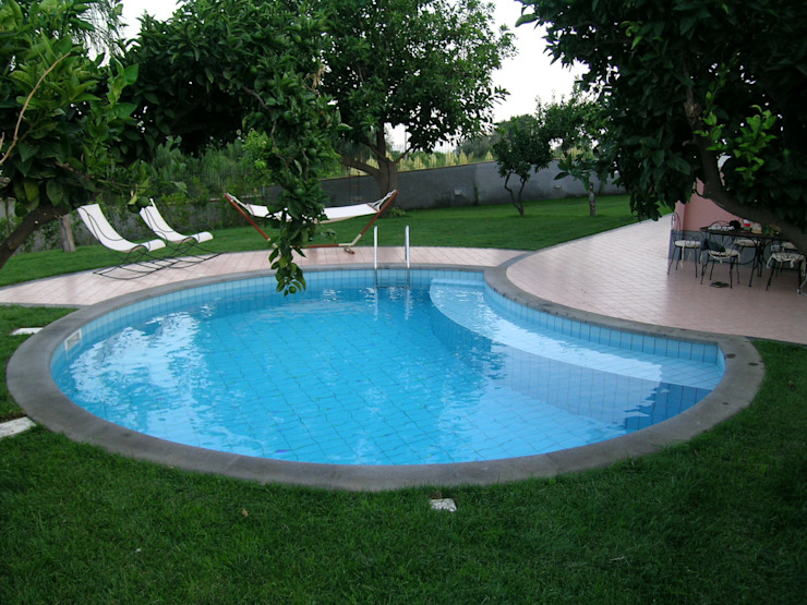 particolare della piscina Pecoramelloarchitetti Giardino moderno