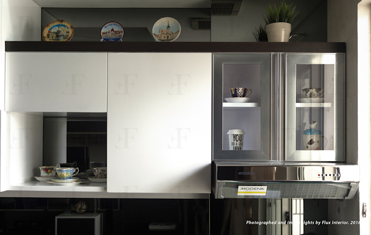 Multifunctional Kitchen Area for Royal Mediterania Garden Residences Apartment Flux Interior KitchenCabinets & shelves Plywood Multicolored