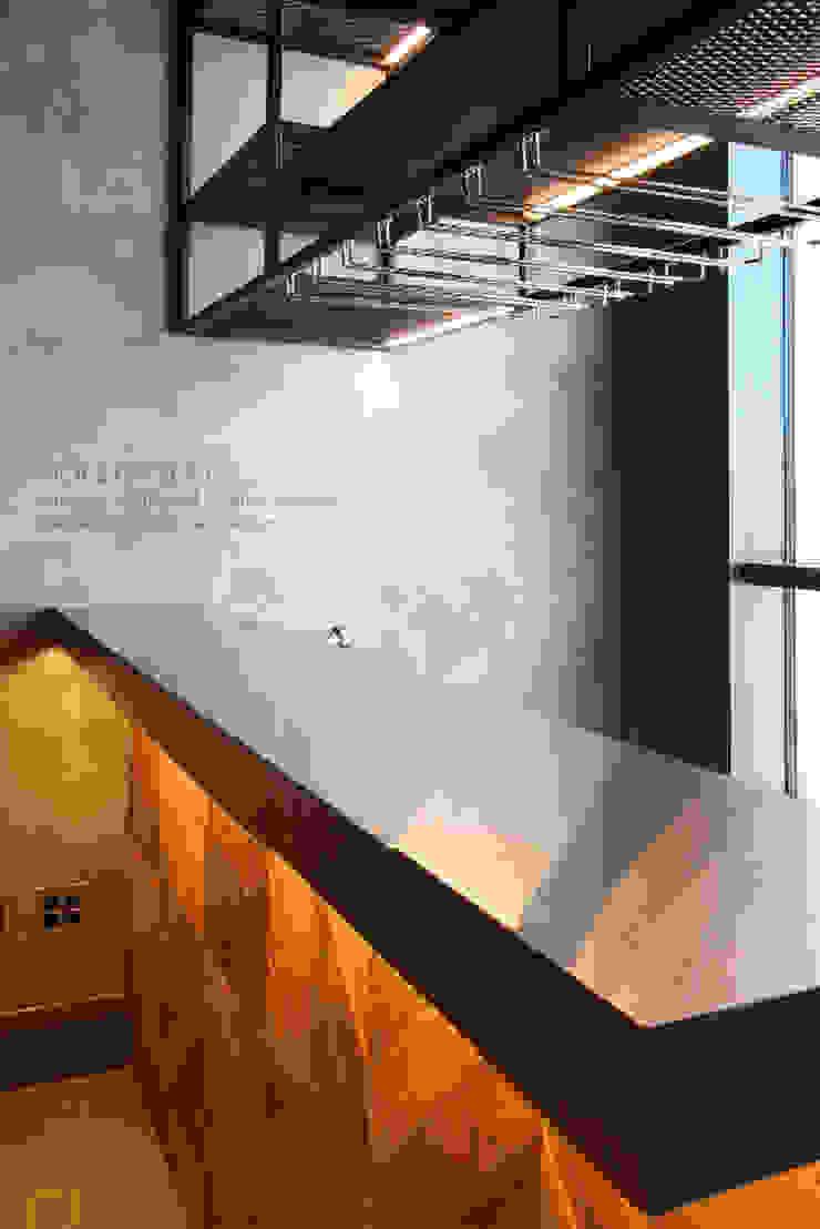 일산 요진와이시티 펜트하우스 모던스타일 미디어 룸 by 바이올렛스타일 모던