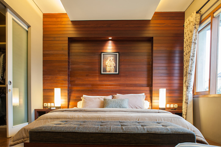 Modern style bedroom by homify Modern Wood Wood effect