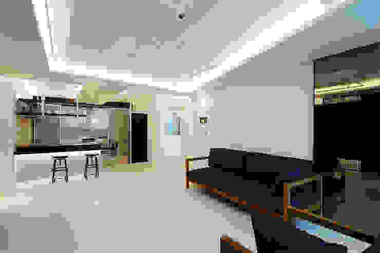 Modern Living Room by 세레스홈 Modern
