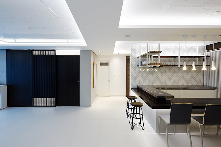 Modern Dining Room by 세레스홈 Modern