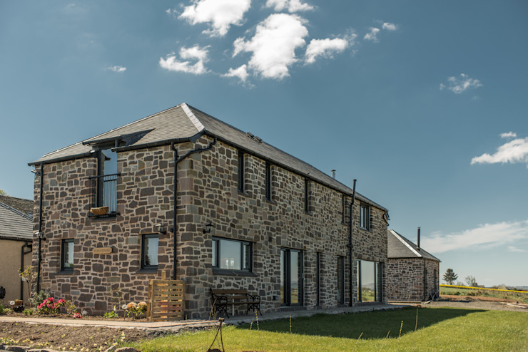 Houses by Woodside Parker Kirk Architects, Rustic Stone