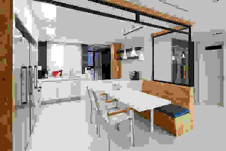 Moderne Wohnzimmer von 세레스홈 Modern