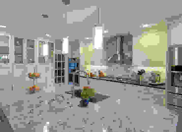 Main Line Kitchen Design Cocinas de estilo clásico Blanco
