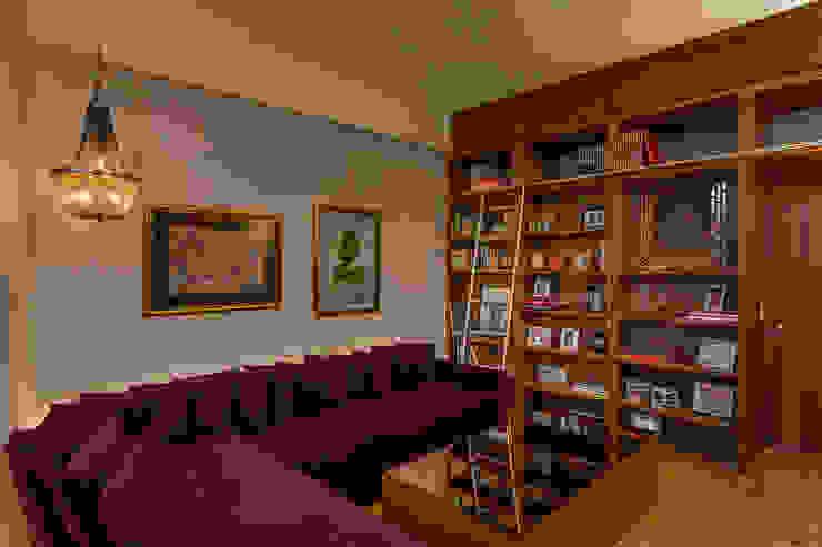 Weber Arquitectos Salle multimédia originale