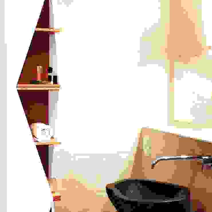 Projekt moderne Einrichtung Urbanes Badezimmer: modern  von homify,Modern