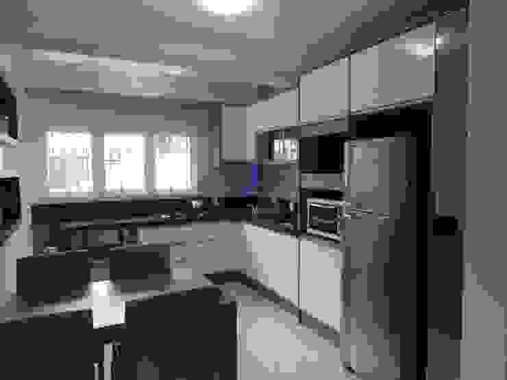 A. Borges Móveis KitchenCabinets & shelves MDF
