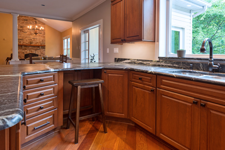 Bishop Medium Cherry Raised Panel Kitchen Main Line Kitchen Design Kitchen