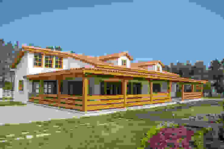 โดย Casas y cabañas de Madera -GRUPO CONSTRUCTOR RIO DORADO (MRD-TADPYC) คลาสสิค