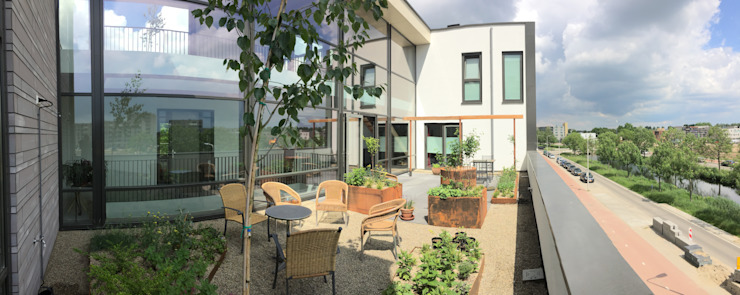 104galleryMM Moderne balkons, veranda's en terrassen van JWG Architecten Modern
