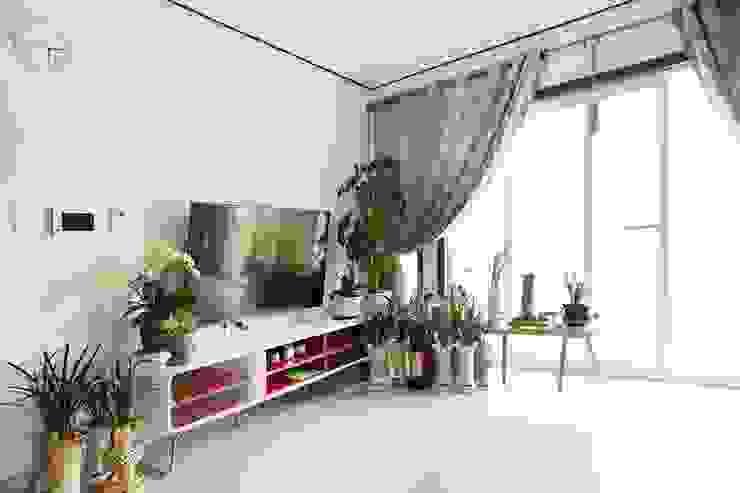 자연과 벗하며 사는 전원주택 모던스타일 거실 by 한글주택(주) 모던