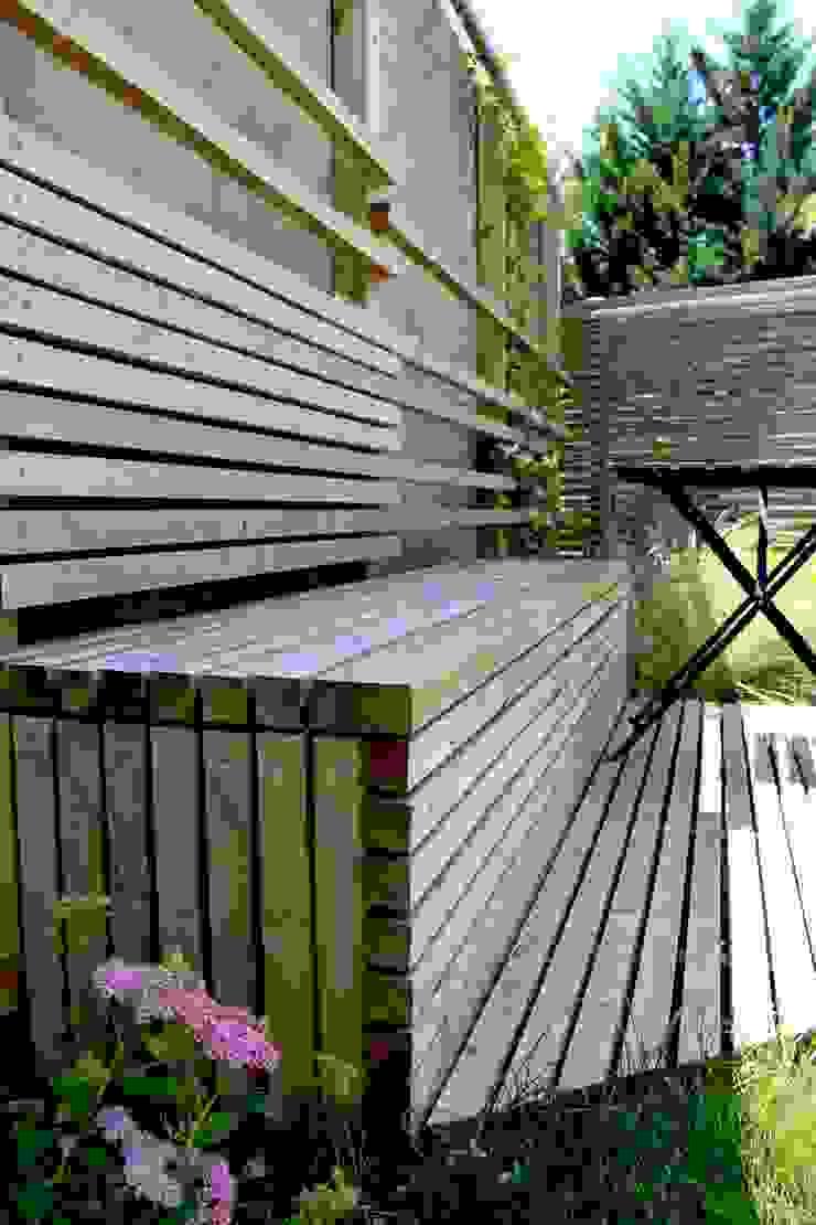 Modern garden by Constans Paysage Modern