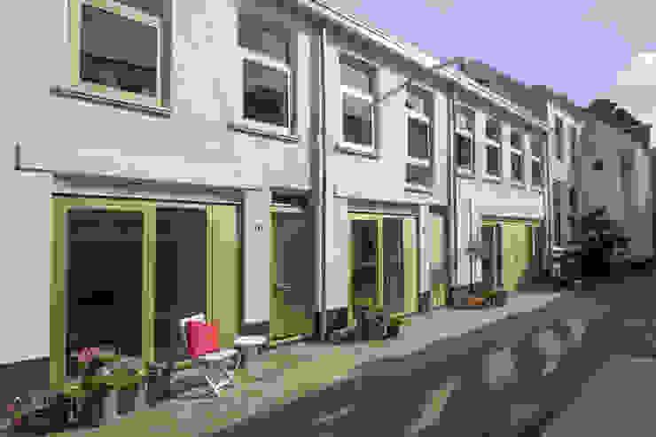 บ้านและที่อยู่อาศัย โดย studio suit, อินดัสเตรียล อลูมิเนียมและสังกะสี