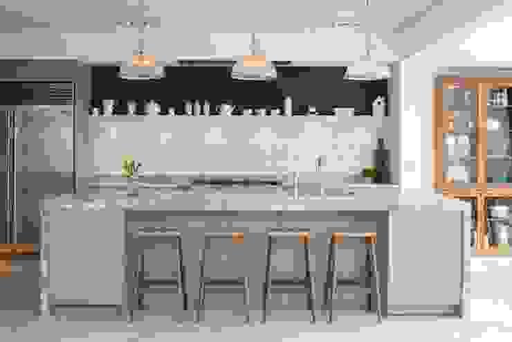 Kitchen Moderne keukens van Fraher and Findlay Modern