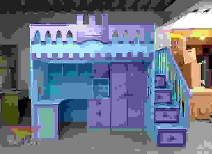 Preciosa cama alta estilo castillo de camas y literas infantiles kids world Clásico Derivados de madera Transparente