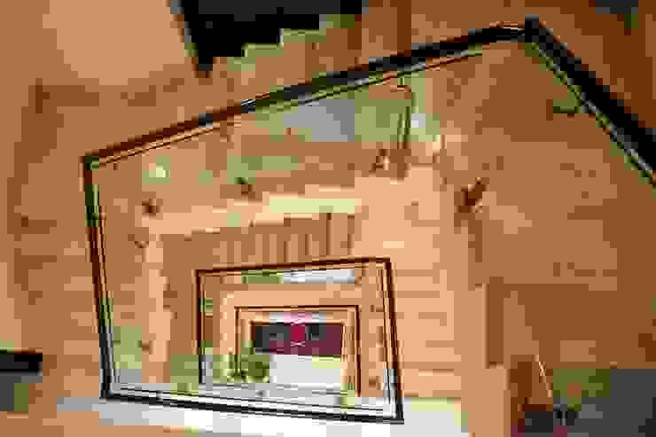 Staircase Modern corridor, hallway & stairs by VB Design Studio Modern