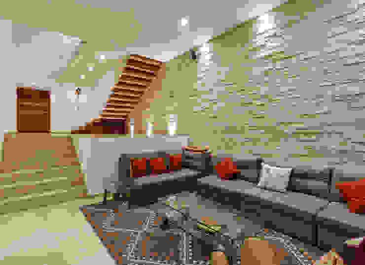 Salas modernas de SANTIAGO PARDO ARQUITECTO Moderno