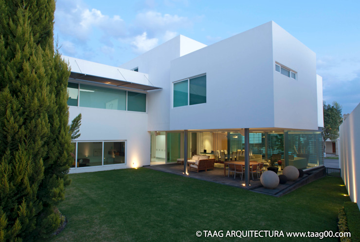 TaAG Arquitectura Rumah Modern