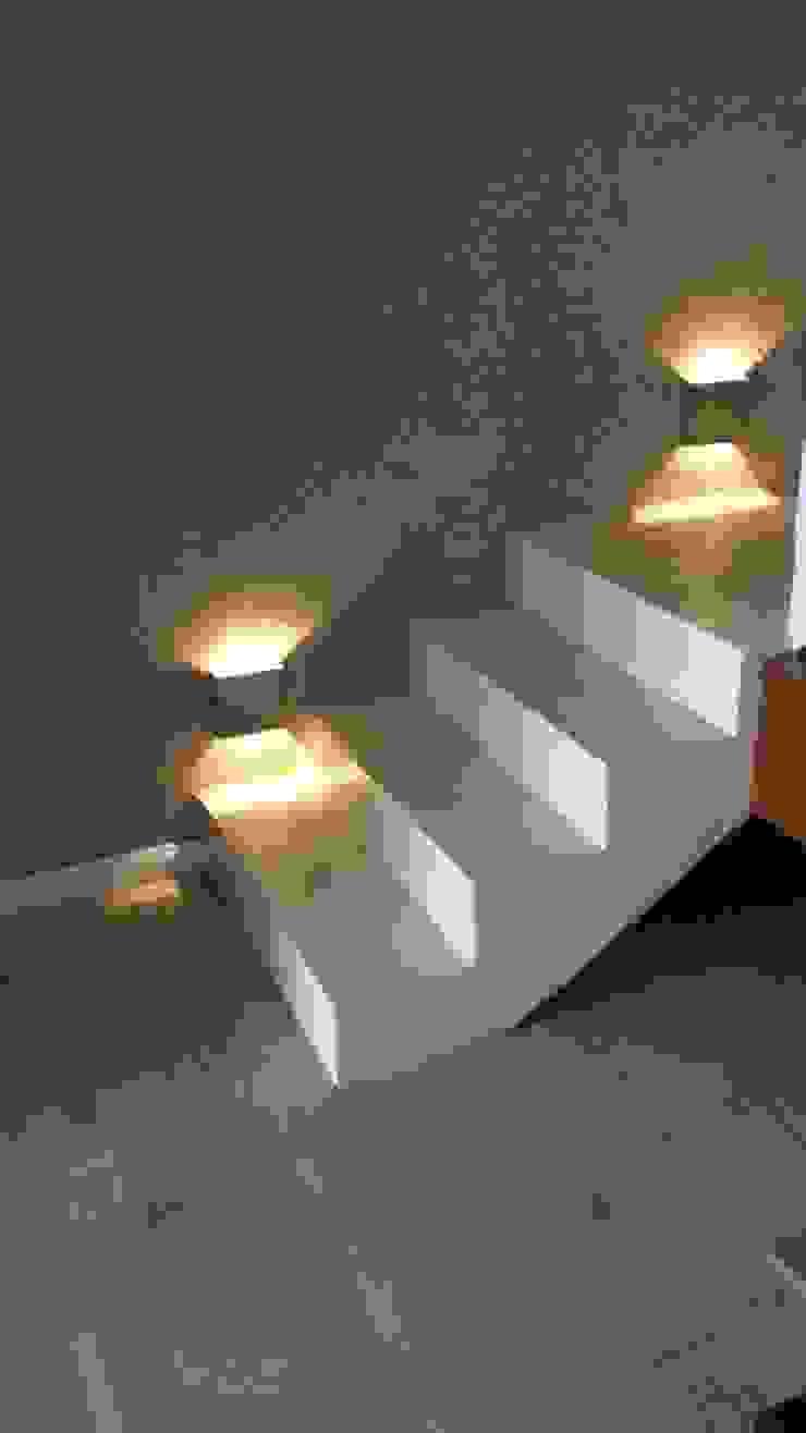 Aplique bidirecciona para interior Pasillos, vestíbulos y escaleras modernos de Iluminacion creativa. Moderno
