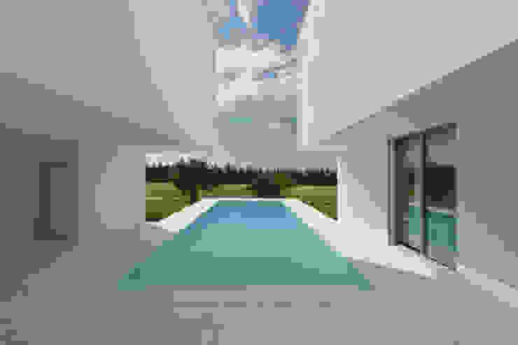 Pool by Corpo Atelier,
