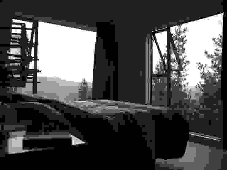 CASA SWAST Dormitorios de estilo moderno de aaaaaa Moderno